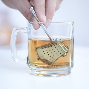 1abc_fabled_axe_tea_infuser_inuse